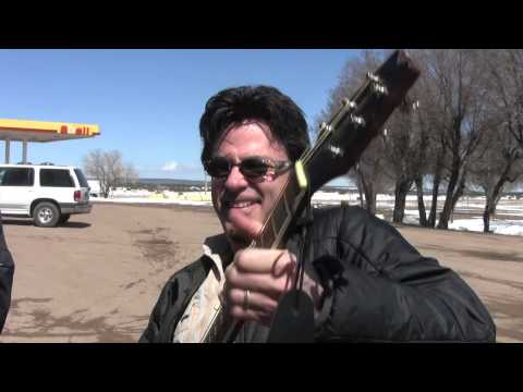 Johnny Hickman sells his soul in New Mexico