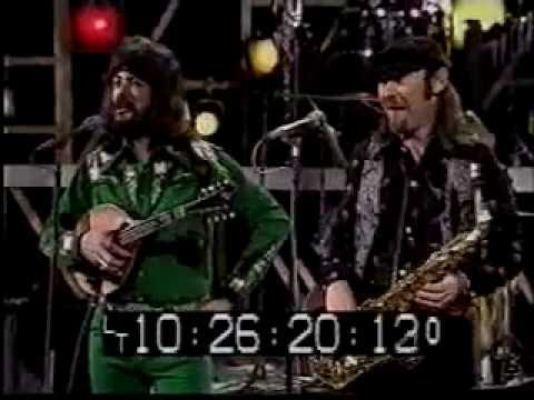 Seals and Crofts w/Glen Campbell MEDLEY Tequila/Summer Breeze/Black Mtn Rag