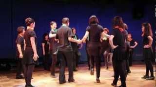 アイリッシュダンスと音楽の実演と紹介や、普及講座受講生の アイリッシ...