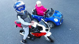 Little Girl Elis Ride On Mini Cooper with Baby Doll /Thomas Toys Ride On Minibike