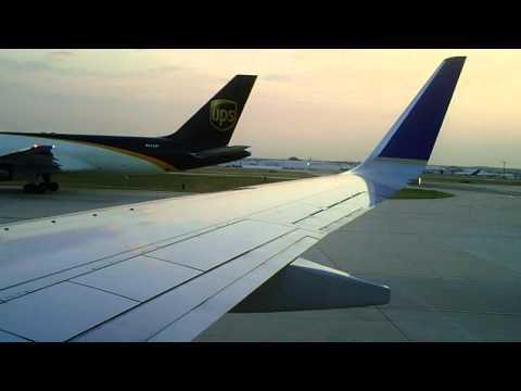 Continental Airlines 737-900: Boarding, Pushback, & Taxi in San Antonio