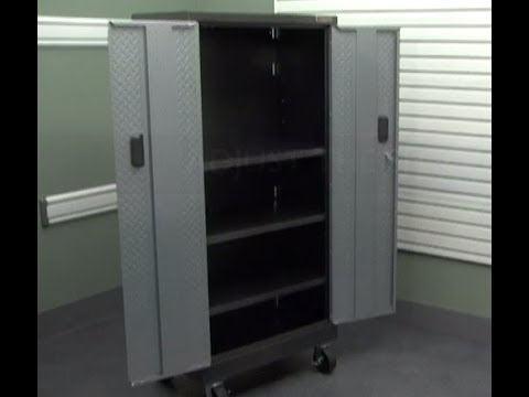 Gladiator Installation   Tall Gearbox And Gearlocker