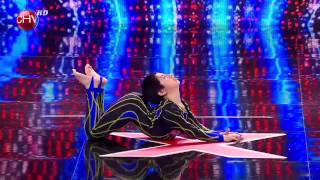 El impresionante contorsionista Fernando González - TALENTO CHILENO 2013