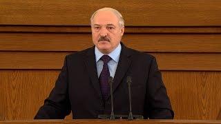 Лукашенко о подходах в работе власти: мы должны уметь слушать и слышать людей