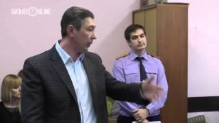 Адвокаты Сёмина: богатый, значит плохой?(, 2015-04-15T04:31:59.000Z)