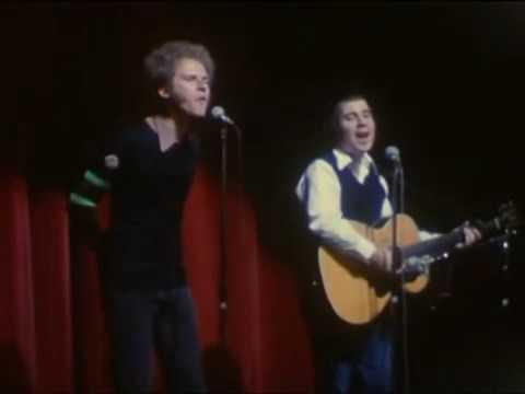 Simon & Garfunkel  - Mrs  Robinson (live in France, 1970)