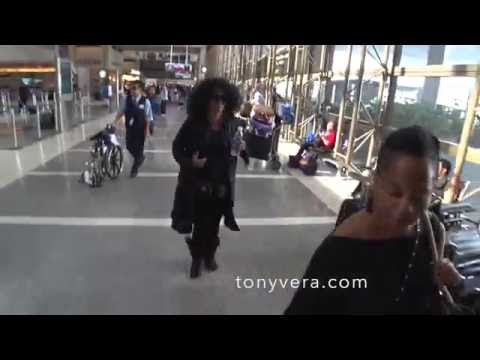 26b89d087d Diana ross is a real star - YouTube