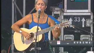 Watch Joan Baez Suzanne video