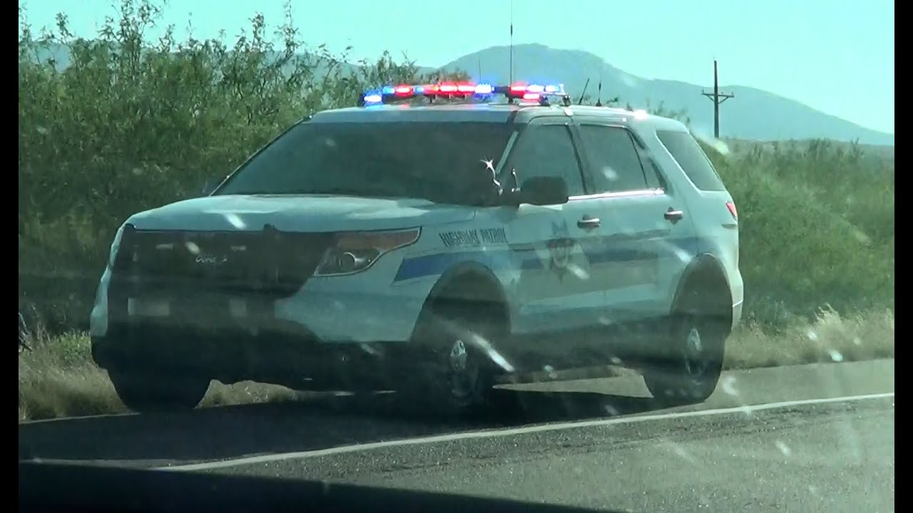 Globe Arizona DPS Highway Patrol Ford Explorer at a traffic stop