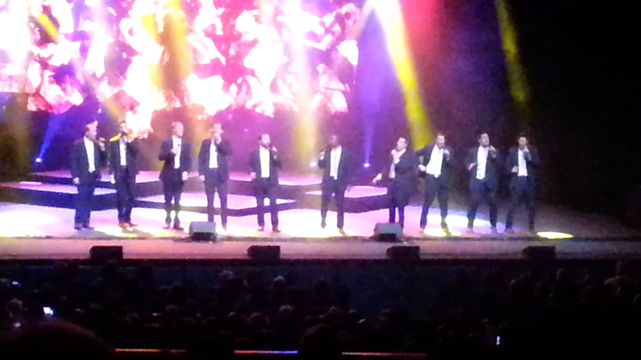 Straight no Chaser - 12 Days of Christmas - Roanoke 2016 - YouTube
