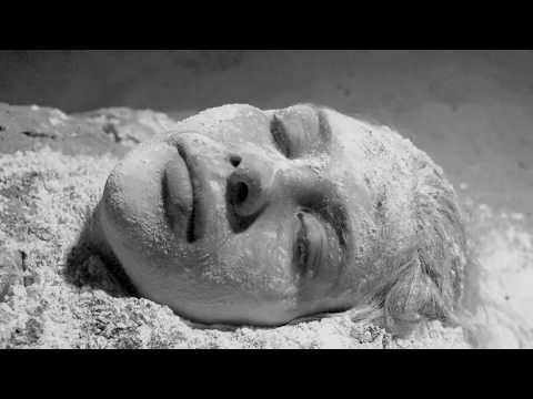 azgou---experimental-fashion-film