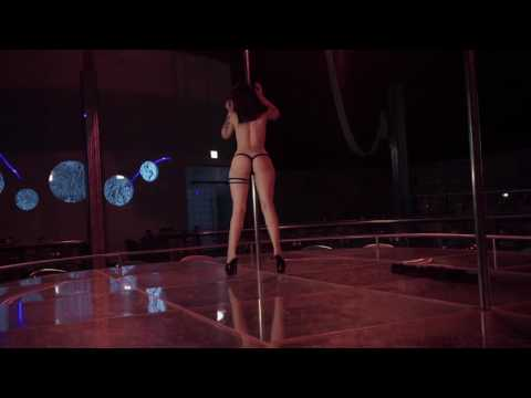 OCEAN Chicago Strip Club Haley Pole Work 2
