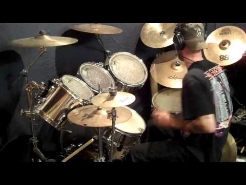 Iron Maiden - Hallowed Be Thy Name - Drum Cover by Andy Jones [HD]