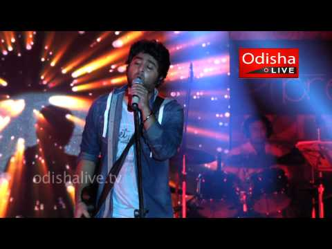 Arijit Singh Live - Milne Hai Mujhse Aai (Aashiqui 2) - XIMB Expressions 2013