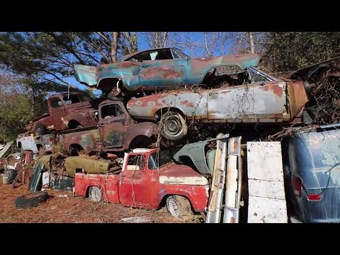 World's Largest and Most Amazing Junk Yard - Old Car City U.S.A.