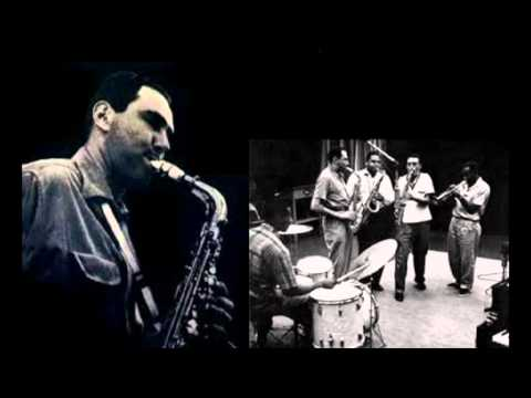 Herb Geller - Autumn in New York (closing solo, excerpt from Clifford Brown's tune).mpg
