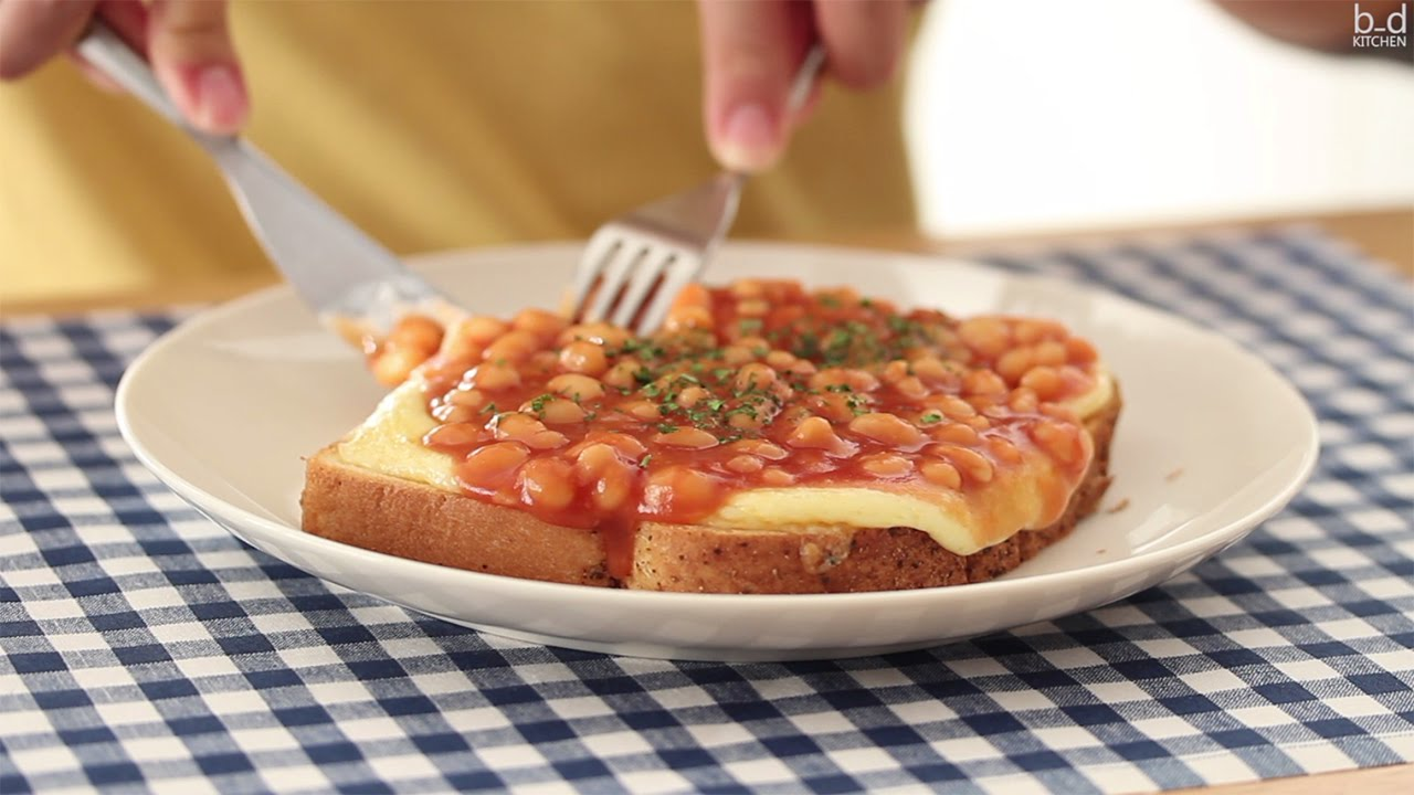 recipe: beans on toast with cheese [23]