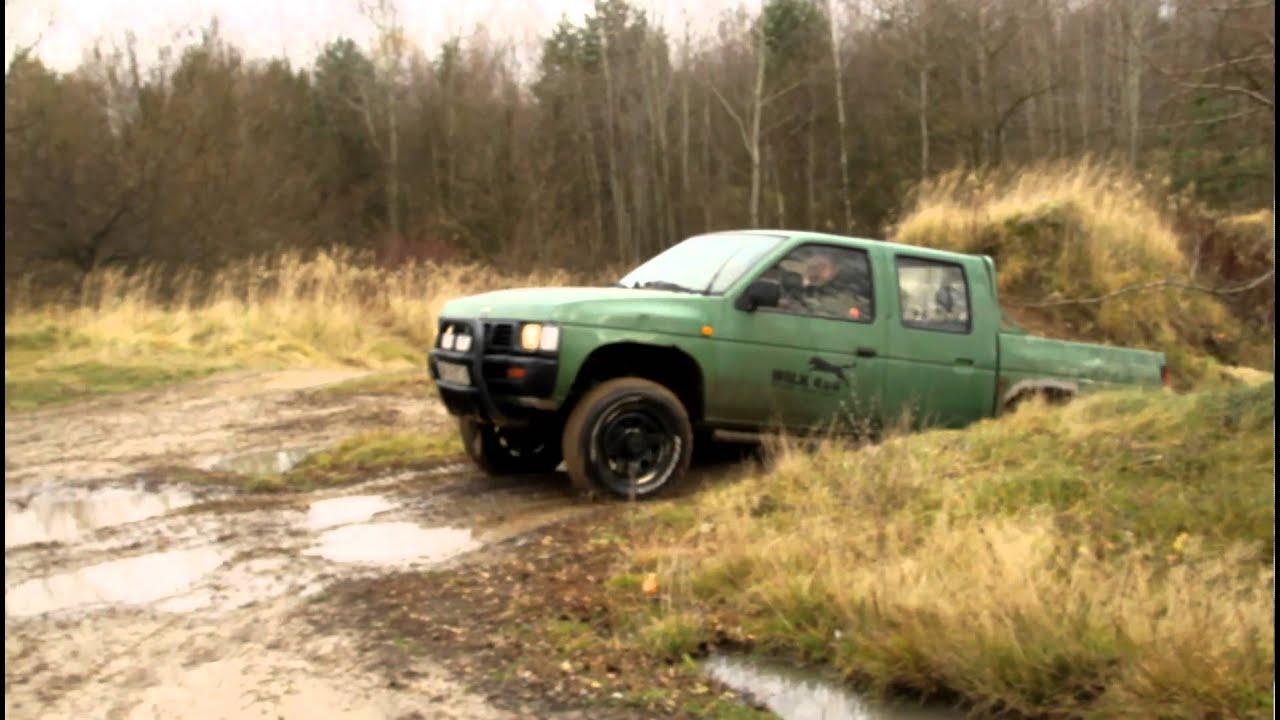 Nissan Pickup Off Road Youtube