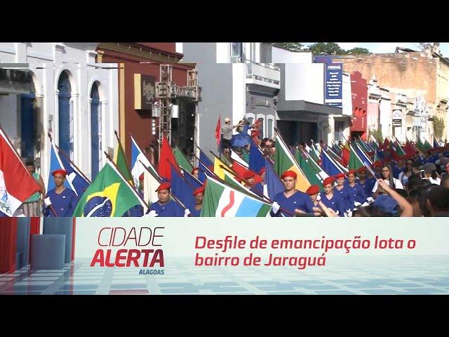 Desfile de emancipação lota o bairro de Jaraguá