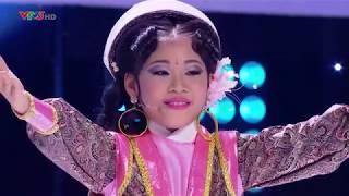 Lá Chắn Biên Thùy (Bé Ngọc Giàu) - Gương Mặt Thân Quen Nhí 2017 - Chung Kết [Full HD]