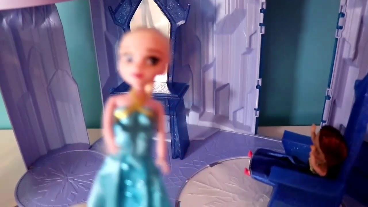 Elsa En Anna Frozen In Het Kasteel Samen Spelen Anna En Elsa Vinden