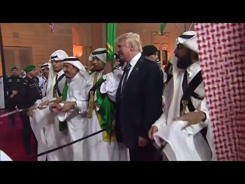 Donald Trump: Schwertertanz in Saudi-Arabien, Säbelrasseln in den USA