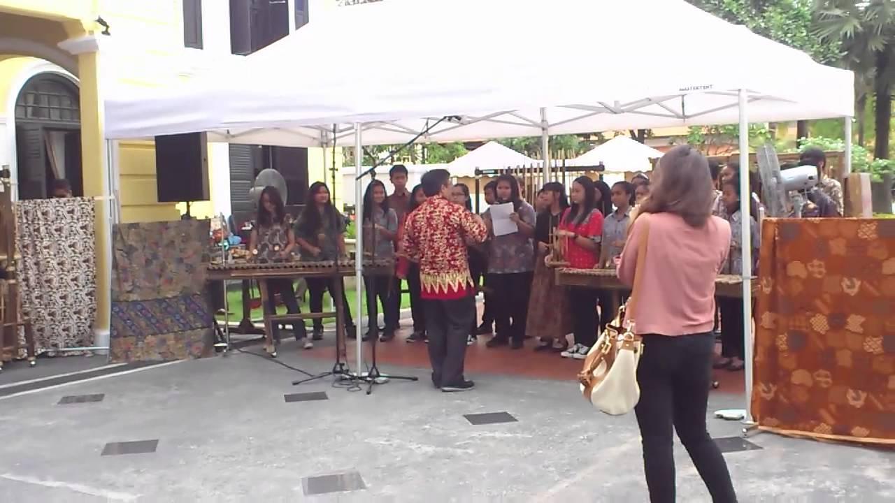 Angklung Performance by Sekolah Indonesia Singapura @ Indonesia Cultural Heritage Exhibition