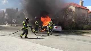 FDNY Pre Arrival Car Fire