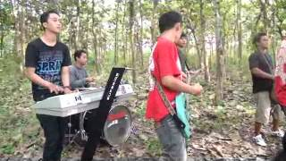 VIDEO KLIP KIDUNG REGGAE - GATHOLOTJO