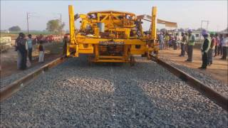 EDFC mechanized track laying