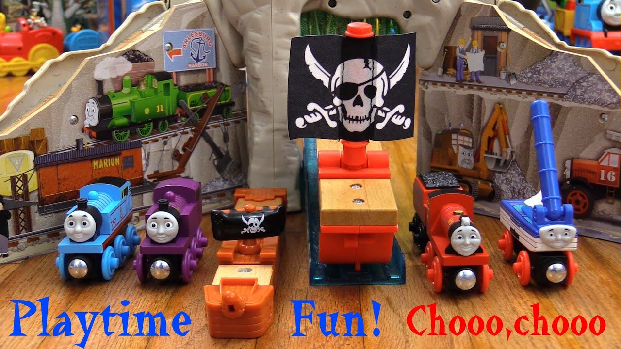 Wooden Railway Mike, Skiff, Ryan and Thomas! Pirate Cove Discovery ...