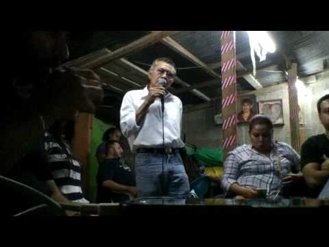 amigo en el karaoke GSA