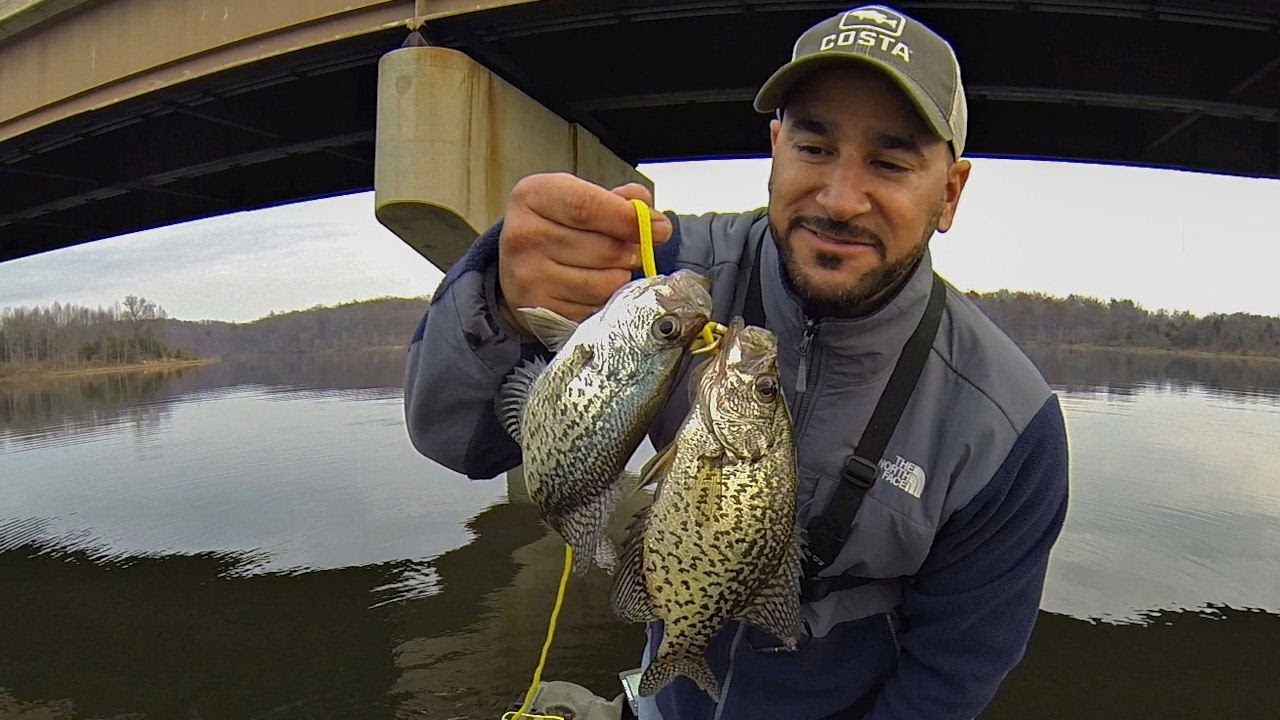 Fall crappie fishing vertical jigging spoon technique for Fall crappie fishing