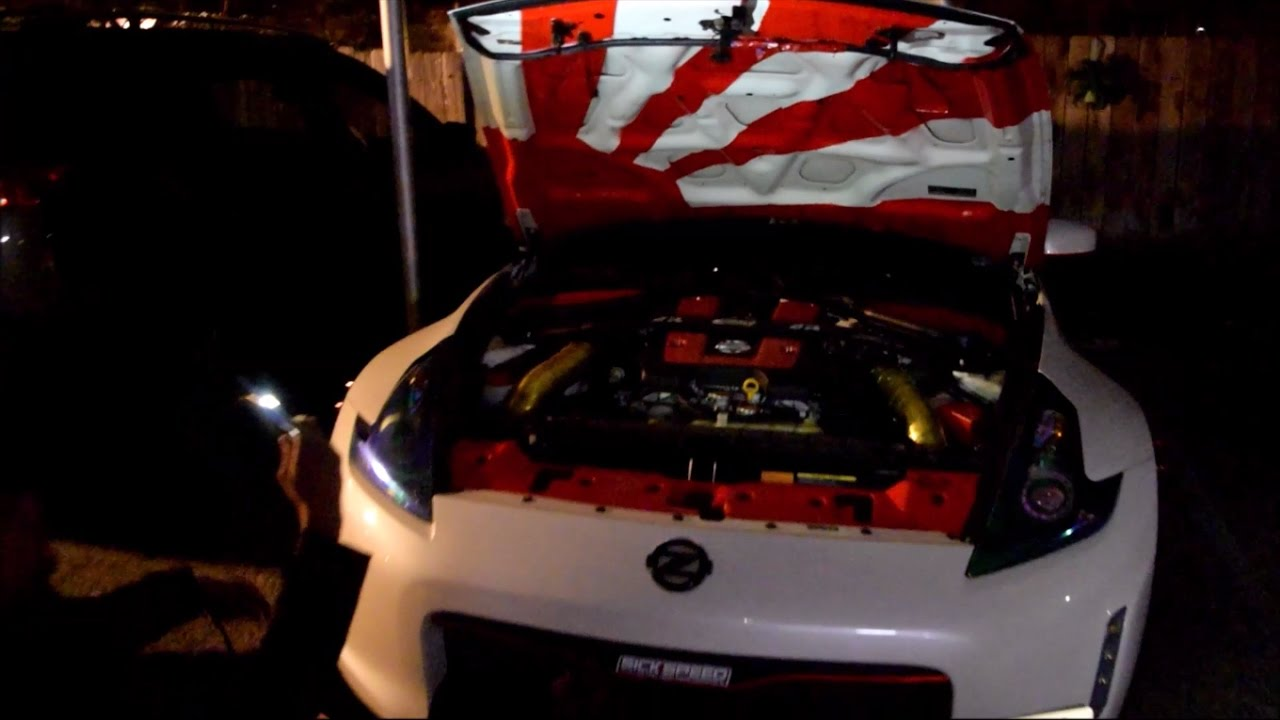Spray Painting A Japanese Flag Onto The 370z