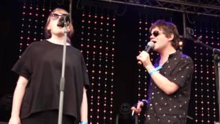 """Der Nino aus Wien - feat. Natalie Ofenböck, """"Hallo"""", Donauinselfest, 24.6.2017"""
