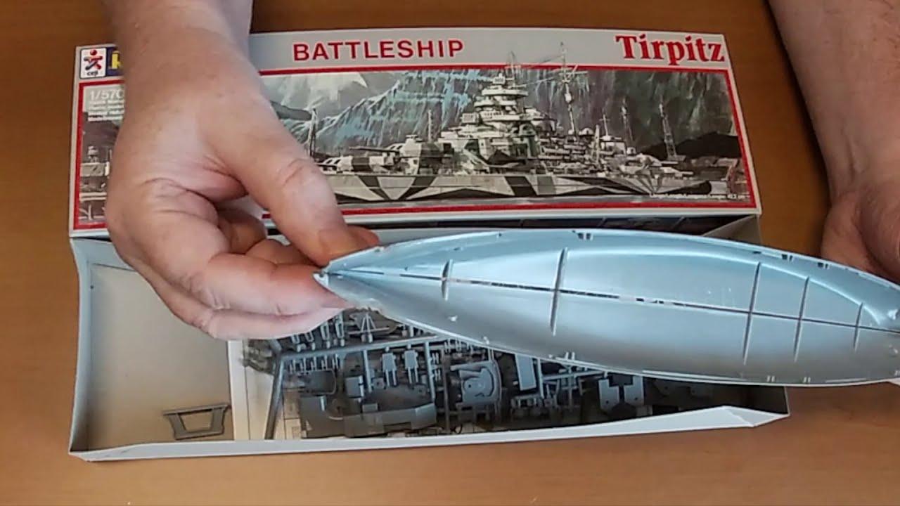 Unboxing Revell Battleship Tirpitz in 1:570 Vintage Kit from 1984 (English)