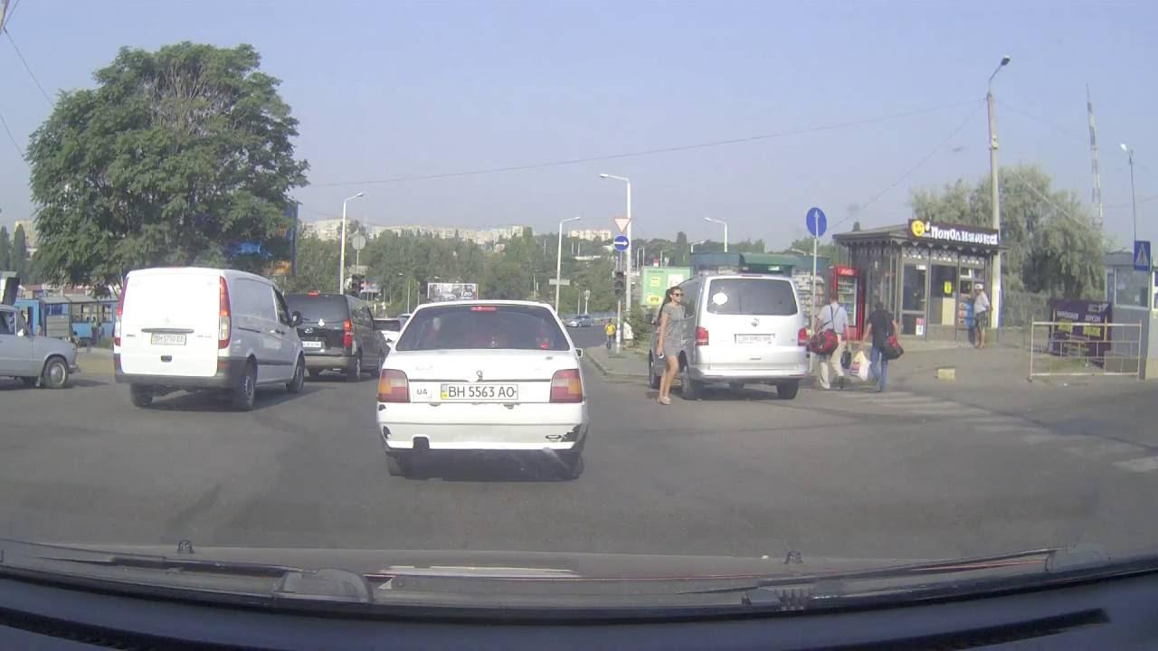 ДТП Одесса житель села водитель жигули и городской автобус.
