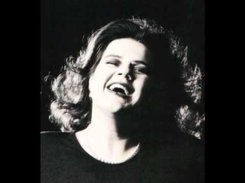 Contralto  Ursula Ferri sings an Aria by Carissimi