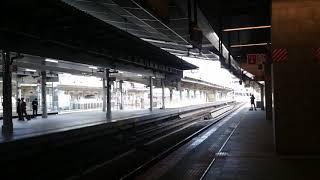 383系 特急しなの 9号 (増結編成・10両) 長野行き 大阪駅11番線 入線 2016年3月15日