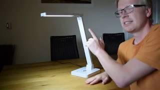 LED-Schreibtischlampe mit Qi-Ladestation