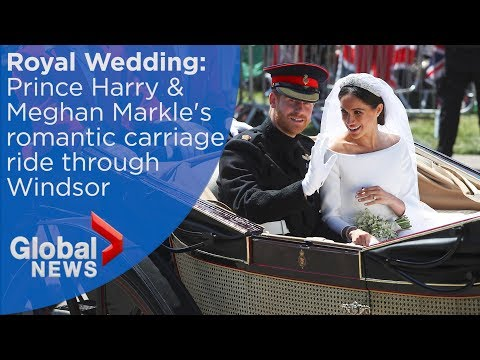 Royal Wedding FULL carriage ride of Prince Harry and Meghan Markle through Windsor