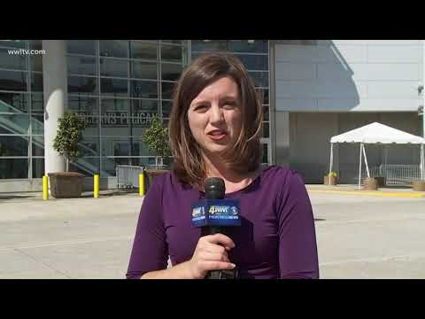 Roofers investigate leak at Smoothie King Center that canceled Pelicans