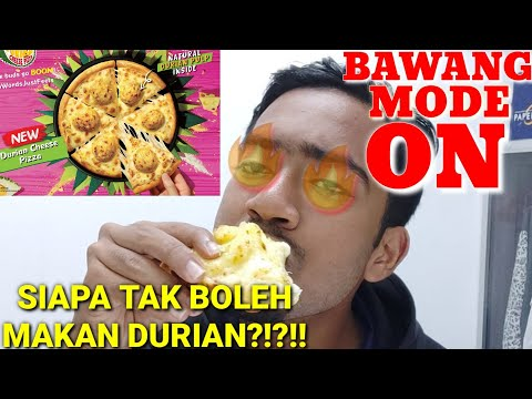 Aku try makan Durian Cheese Pizza