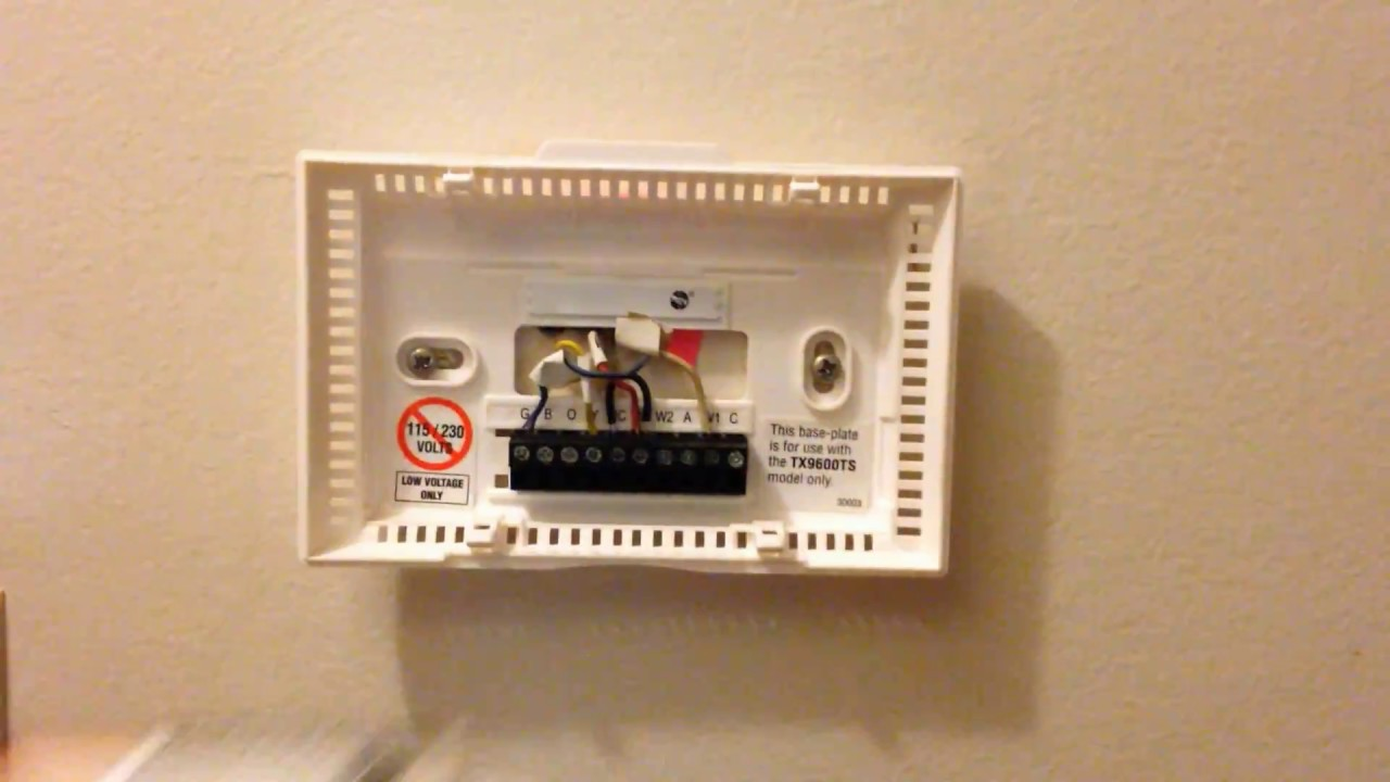 how to open lux tx9600 thermosat youtube lux thermostat wiring for heat pump how to open [ 1280 x 720 Pixel ]