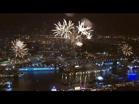 Hamburg : the world's greatest port festival - no comment