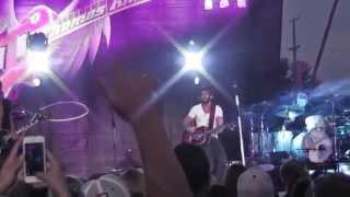 """Thomas Rhett - """"Get Me Some of That"""" Live 2014 WI"""