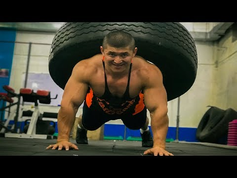 Келдибек Атайбеков Качок 50 кг дөңгөлөк менен отжимания жасап төш кол булчуңдарын чыгарат