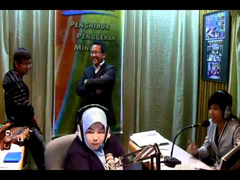Dior 디요 for PELANGI FM,BRUNEI interview with DJ Zaty.23/8/2010