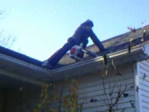 Stihl Bg55 Cleaning Gutters And Removing Leafs Youtube