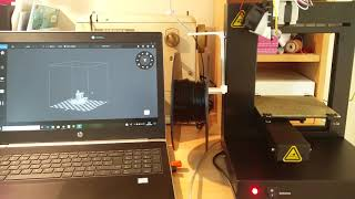 UP Plus 2 3D Printer starting a print